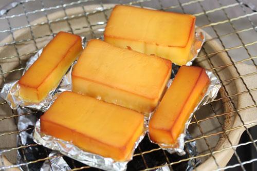 だミリアチーズの土鍋燻製完成