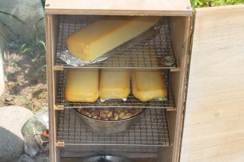 ファミリアチーズは熱に強い溶けないので燻製におすすめ