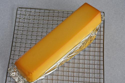 ファクトリーチーズでスモークチーズ