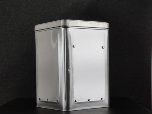 自作一斗缶燻製器を30分で作る。